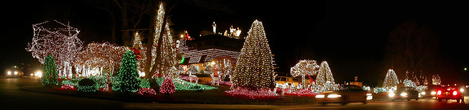 elvis house in mahwah christmas lights corner view