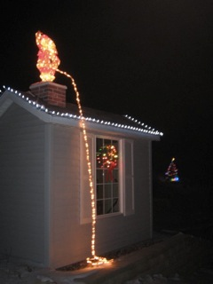even elvis would be pissed off at these christmas lights
